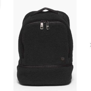 Lululemon Sherpa city adventur mini